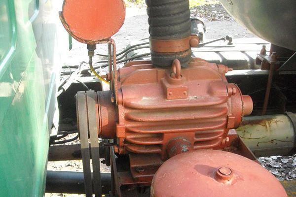 Машины-ассенизаторы: фото, характеристики
