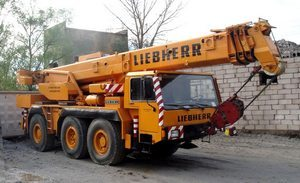 Автокраны Либхер: фото, характеристики, цена