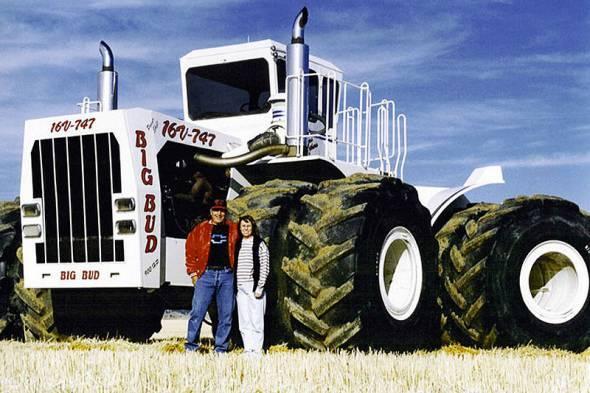 Самый большой трактор в мире