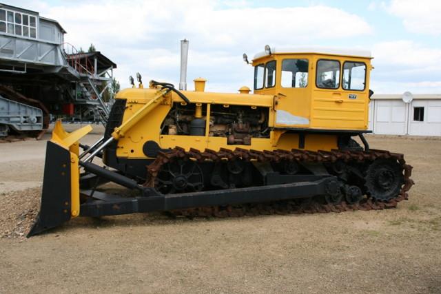 Трактор Т 180