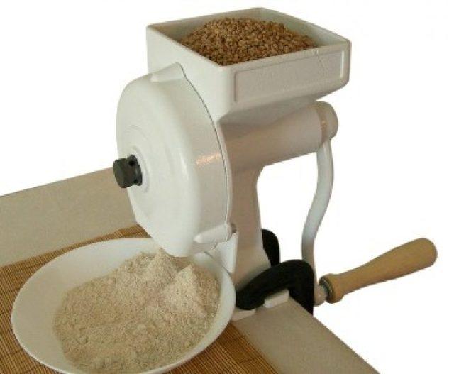 Как сделать мельницу для зерна своими руками