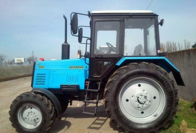 Трактор МТЗ 892 Беларус